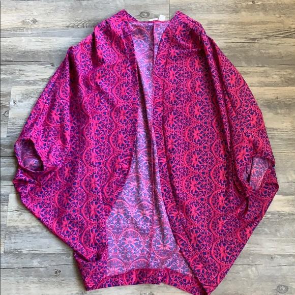 Francesca's Collections Tops - Francesca's Printed Kimono Top